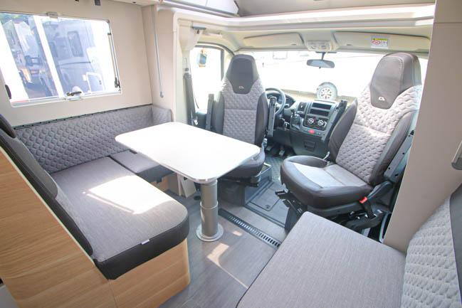 Adria Matrix Plus 670 SC full