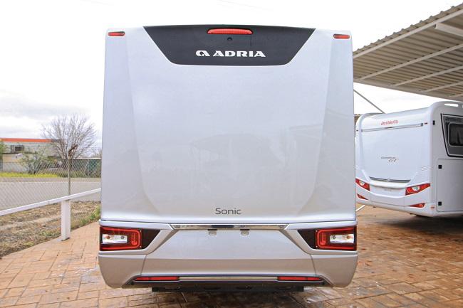 Adria Sonic Supreme 710 SC full