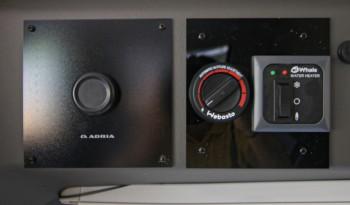 Adria Twin Plus 600SPB Family full