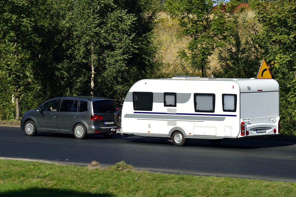 Cómo enganchar una caravana