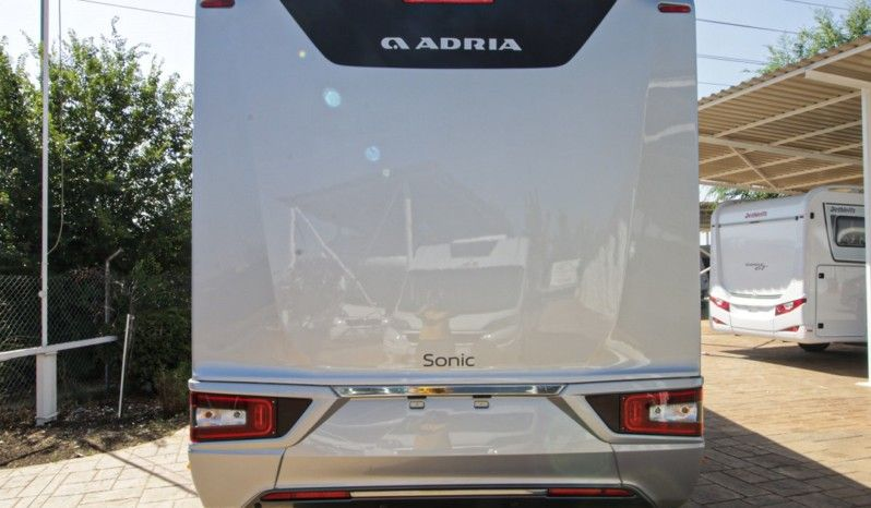 Adria Sonic Supreme 810 SC full