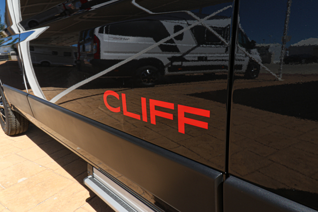 Sunlight Cliff 600 Adventure full